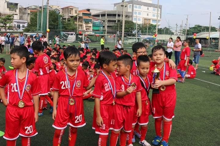 Trung tâm Bóng đá Nam việt