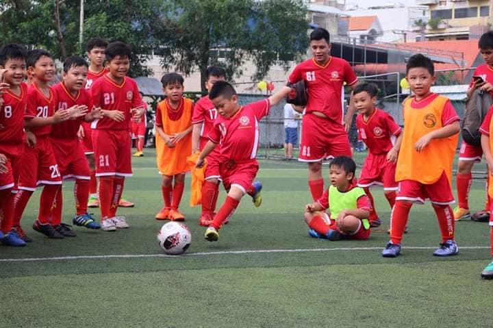 Lớp bóng đá trẻ em Nam việt tại Thủ đức